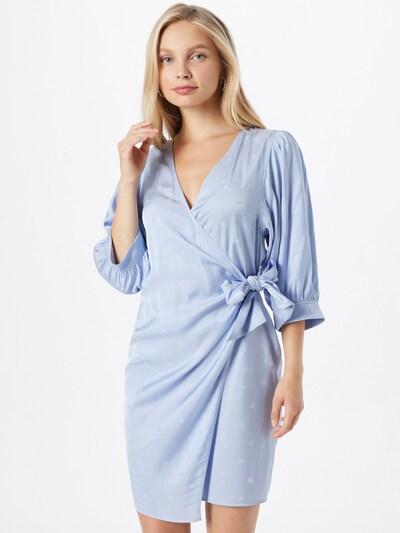 Rochie 'Celestina' Samsoe Samsoe pe albastru deschis, Vizualizare model