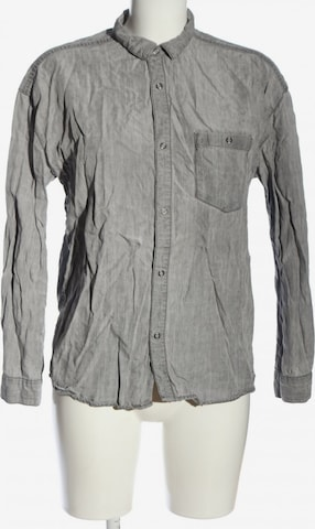 WEEKDAY Blouse & Tunic in S in Grey