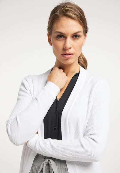usha BLACK LABEL Cardigan in weiß, Modelansicht