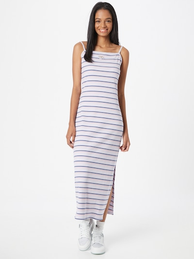 Nike Sportswear Kleid in lila / altrosa / weiß, Modelansicht
