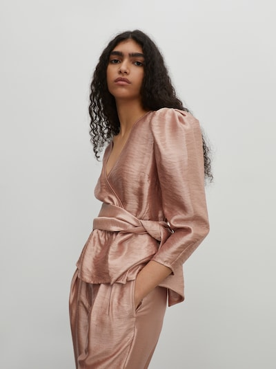 EDITED Bluza 'Weda' u rosé, Prikaz modela