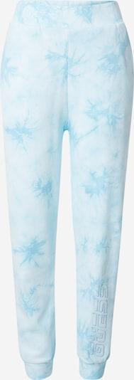 GUESS Pantalon en turquoise / bleu clair / blanc, Vue avec produit