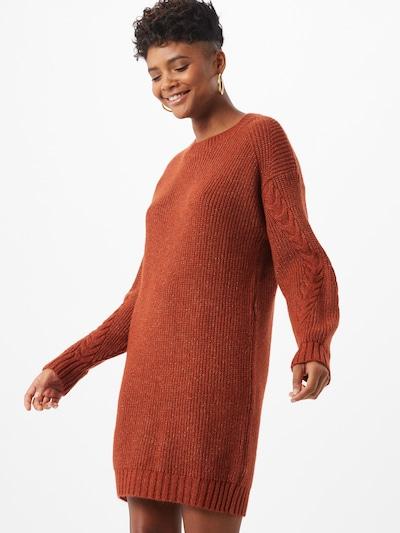 Megzta suknelė 'Jimma' iš Noisy may , spalva - rūdžių raudona, Modelio vaizdas