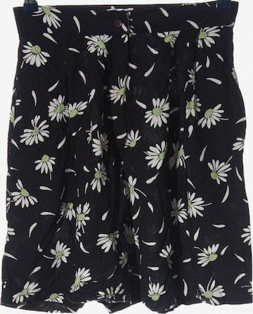 Miss H. Shorts in M in Black