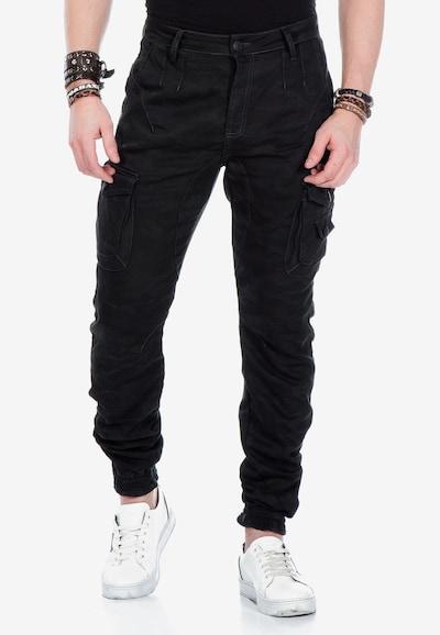CIPO & BAXX Cargohose 'Darkcamo' in khaki, Modelansicht
