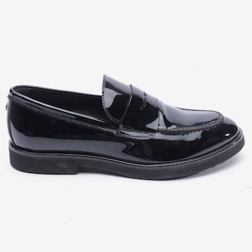 Attilio Giusti Leombruni Flats & Loafers in 37 in Black