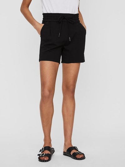 VERO MODA Shorts 'Eva' in schwarz, Modelansicht