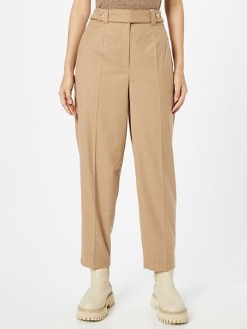Pantaloni con piega frontale di IVY & OAK in beige