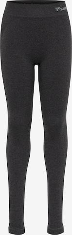 Pantaloni sport de la Hummel pe negru
