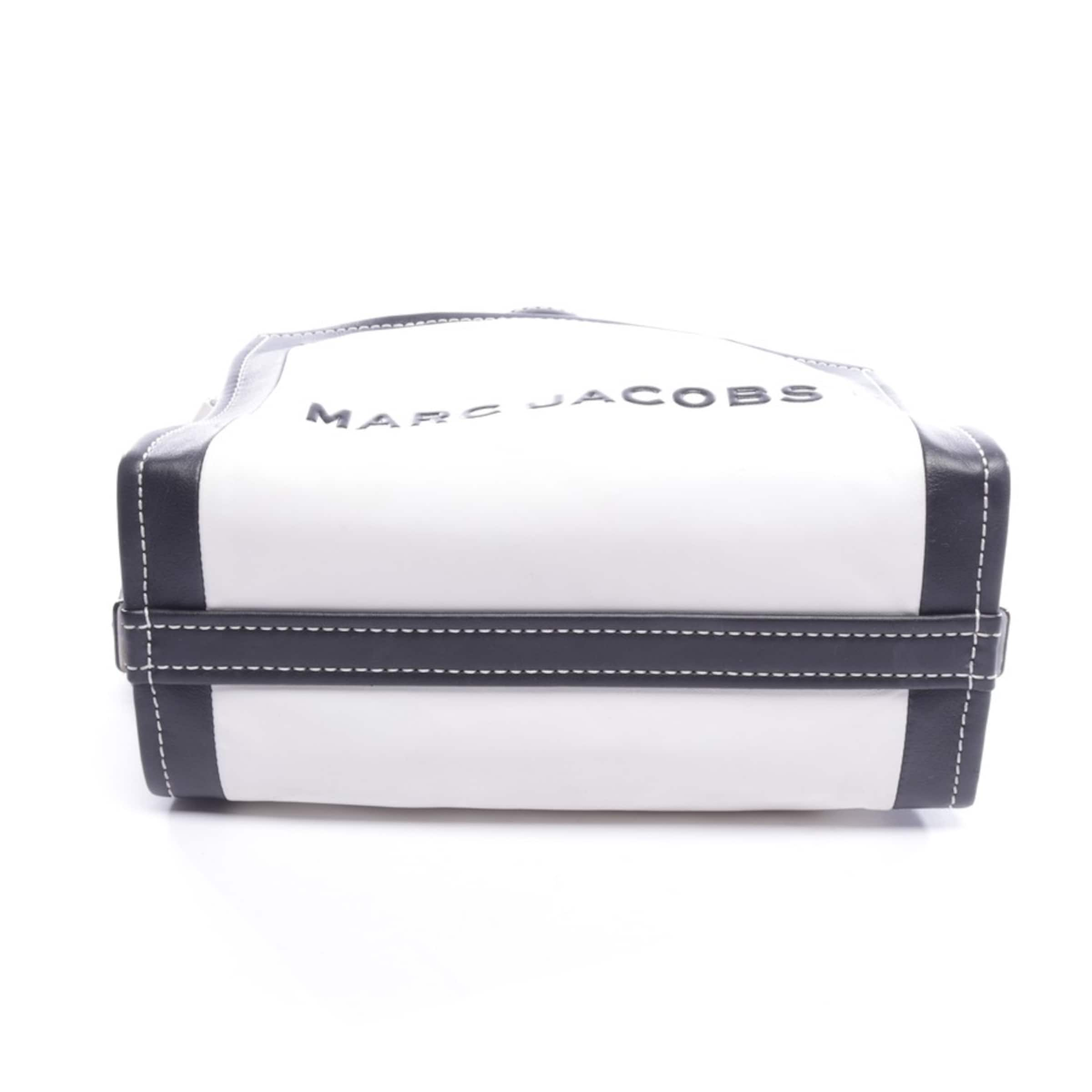 Marc Jacobs Handtasche in M in schwarz / weiß