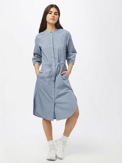 Esmé Studios Robe-chemise 'Vivian' en bleu fumé: Vue de face