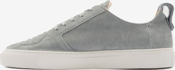 Sneaker low 'Argan' de la EKN Footwear pe gri