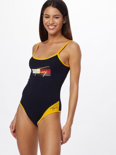 Tommy Hilfiger Underwear Maillot de bain en bleu foncé / jaune / rouge / blanc, Vue avec modèle