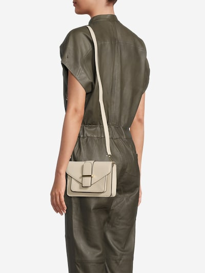 ONLY Crossbody bag 'Ria' in Nude, View model
