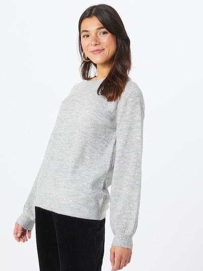 PIECES Tröja 'Perla' i ljusgrå, På modell