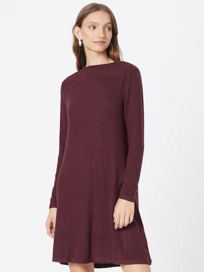 Rochie tricotat 'KLEO' ONLY pe roșu vin, Vizualizare model
