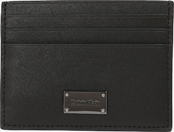 Calvin Klein Портмоне в черно