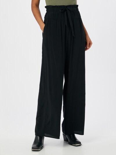 Pantaloni ESPRIT di colore nero, Visualizzazione modelli