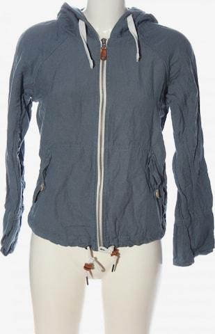BENCH Jacket & Coat in XS in Blue