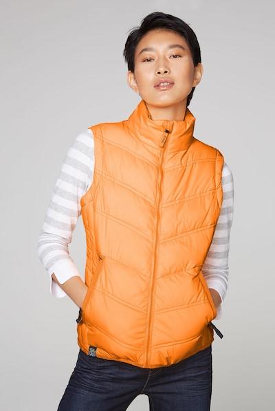 Soccx Outdoorweste mit Zippertaschen in orange, Modelansicht
