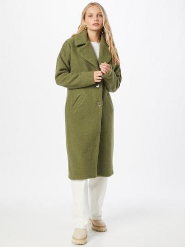 KAN Between-Seasons Coat in Green