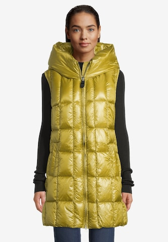 Betty Barclay Vest in Yellow