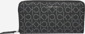Calvin Klein Portemonnaie in Grau