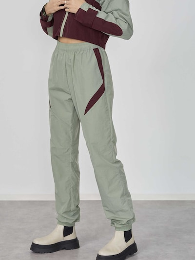 LeGer by Lena Gercke Pantalon 'Glenn' en vert clair / aubergine, Vue avec modèle