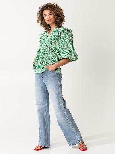 Indiska Bluse 'Cornelia' in grün / weiß, Modelansicht