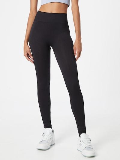 ONLY PLAY Sporthose 'Jaia' in schwarz, Modelansicht