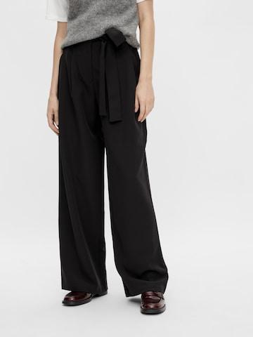 Pantalon à pince PIECES en noir