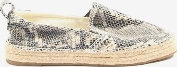 Oysho Flats & Loafers in 36 in Beige