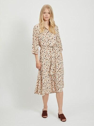 OBJECT Robe-chemise 'OBJNELLE' en beige, Vue avec modèle