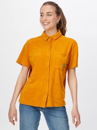 Damson Madder Blouse in de kleur Sinaasappel, Modelweergave