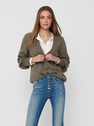 ONLY Strickjacke in braun, Modelansicht