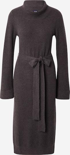 GAP Robes en maille en gris foncé, Vue avec produit