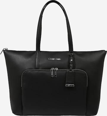 Calvin Klein Shopper in Black