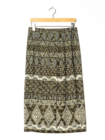 Fashion Bug Skirt in L x 32 in Green