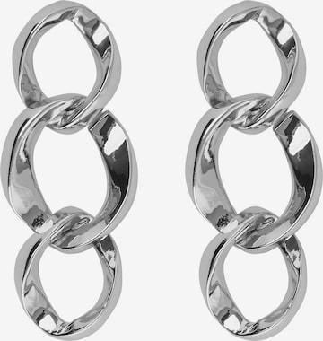 PIECES Øredobber 'Juta' i sølv