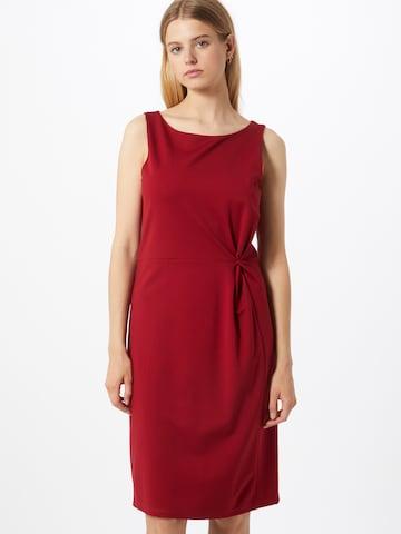 COMMA Fodralklänning i röd