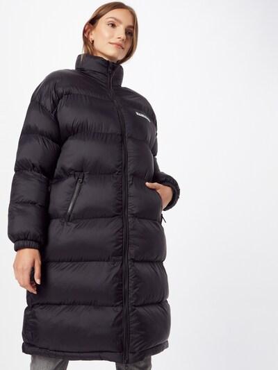 NAPAPIJRI Mantel in schwarz / weiß, Modelansicht