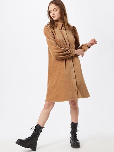 Rochie tip bluză 'Gineva' modström pe bej deschis, Vizualizare model