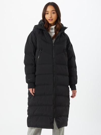 Ilga rudeninė-žieminė striukė 'City' iš Nike Sportswear , spalva - juoda, Modelio vaizdas