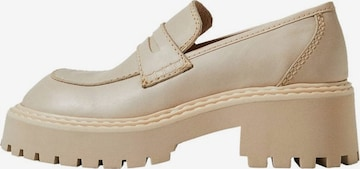 MANGO Slippers i hvit