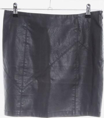Noisy may Skirt in M in Black