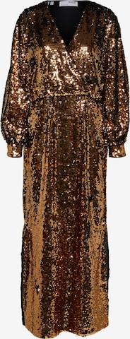 Robe de soirée 'Rosaline' SELECTED FEMME en bronze