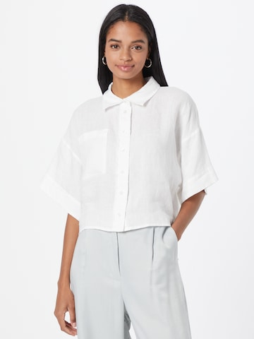 Gina Tricot Blouse in White