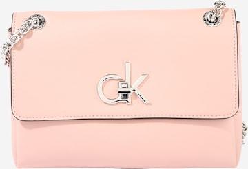 Geantă de umăr de la Calvin Klein pe roz