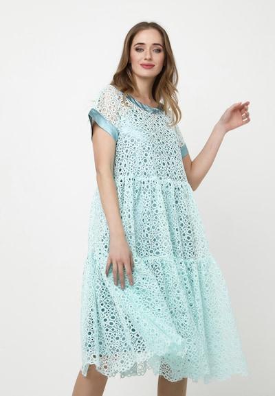 Madam-T Kleid 'Romena' in jade, Modelansicht