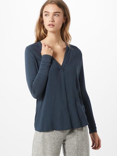 Kaffe Bluse in blau, Modelansicht